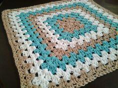 Pola Tatakan Piring Granny Square   Belajar Cara Merajut   Free crochet pattern   placemat