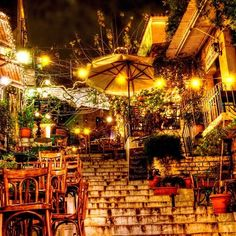 Plaka is a neighborhood of Athens exactly underneath Acropolis. Here, you can find museums, traditional restaurants, cafes and tourist shops. You can get there easily with a 10-minute walk from Syntagma, the central square of Athens. You can also continue walking to Thiseio, a very picturesque pl...