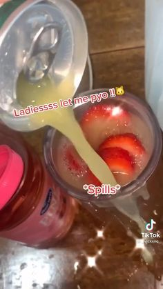 Fruit Smoothies, Healthy Smoothies, Healthy Drinks, Smoothie Recipes, Healthy Snacks, Snacks Recipes, Healthy Water, Healthy Detox, Starbucks Recipes