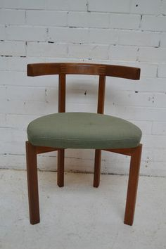 I am obsessed with 50's furniture and this vintage chair would look perfect in any home office  | eBay UK