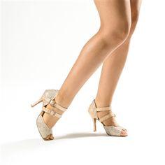http://www.gfrancodanceshoes.com/product_p/01-amber.htm