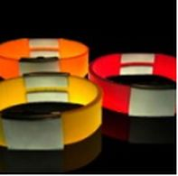 The incredibly soft silicone  makes this SportMEDiD+ band feel virtually invisible.