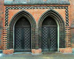 Doors - Elblag, Warminsko-Mazurskie    Poland