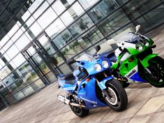 Kawasaki Ninja 750, Super Bikes, Cars And Motorcycles, Meanie, Vehicles, Leo, Wheels, Green, Beautiful