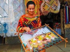 Randa handmade lace how it is made como se hace – Artofit Crochet Borders, Crochet Motif, Hand Crochet, Diy Lace Doily Bowl, Lace Doilies, O Rico, Lace Beadwork, Textile Fiber Art, Colorful Wall Art