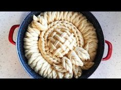 How To Make Beautifully Braided Flower Bread | Golden Bakery