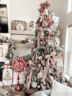 Modern Farmhouse Christmas Home Tour - Tribe of Burton - Alex Turner Adams - Prim Christmas, Farmhouse Christmas Decor, Winter Christmas, All Things Christmas, Country Christmas Trees, Christmas Villages, Victorian Christmas, Outdoor Christmas, Christmas Pictures