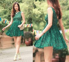Emerald lace (by Mayo Wo) http://lookbook.nu/look/3630001-emerald-lace
