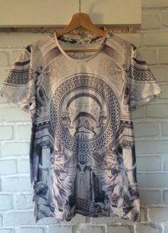 Kup mój przedmiot na #vintedpl http://www.vinted.pl/odziez-meska/koszulki-z-krotkim-rekawem-t-shirty/15918772-koszulka-biala-z-kolorowymi-elementami