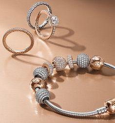 Pandora Rose '16 collection Blush-hued bijouterie.