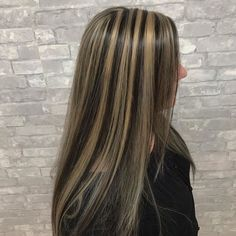 Hair Color Streaks, Hair Color Highlights, Hair Dye Colors, Brown Hair With Blonde Highlights, Chunky Highlights, Caramel Highlights, Hair Inspo, Hair Inspiration, 2000s Hairstyles