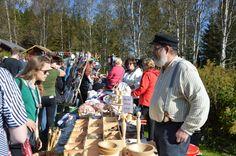 Puusepän puutuotteet tekevät kauppansa. Luuppi, Oulu (Finland)