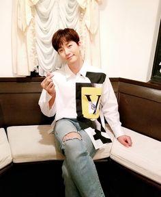Cre: the owner/as logo Lee Junho, Hyogo, Jay Park, Kdrama, 2pm Kpop, Mini Albums, Korean, Celebrities, Pen Pen