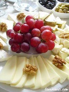 üzümlü peynir tabağı