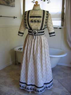 edwardian day dress, via Flickr