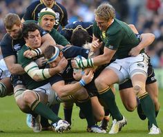 South Africa try to halt Ryan Grant Rugby Sport, Rugby Men, Rugby League, Rugby Players, Rugby Teams, South African Rugby, International Rugby, Australian Football, Volleyball Pictures