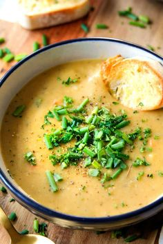 Potatoe Leek Soup Recipe, Potato And Leak Soup, Chicken Leek Soup, Chicken Potatoes, Creamy Potato Leek Soup, Recipe For Leek Soup, Chicken And Leek Recipes, Baked Potato Soup, Potato Puree