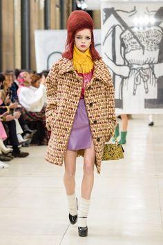 Miu Miu Fall 2018 Fashion Show - The Impression Модный Показ, Парижская Мода,  Miu 17b63c93723
