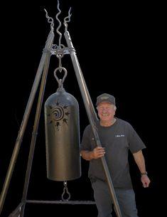 http://www.imakebells.com/bells/free_standing_bells/master_center.jpg