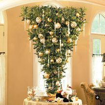 Upside Down Christmas Tree  Iu0027m Thinking This Could Be Really Cool On A