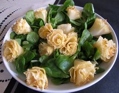 cocina con luz verde: Rosas de queso Tête de Moine