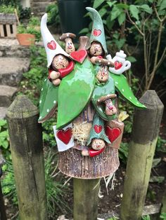 Gnome Haus - keramik - - List of the most creative DIY and Crafts Clay Projects, Clay Crafts, Diy And Crafts, Pottery Lessons, Clay Fairies, Gnome House, Ceramic Clay, Clay Creations, Clay Art