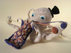 Knitting knitted octopus amigurumi So cute! Knitting Humor, Hand Knitting, Knitting Patterns, Crochet Patterns, Knitting Machine, Crochet Amigurumi, Knit Crochet, Crochet Hats, Octopus Pictures