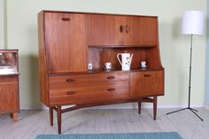 £249  G PLAN SIDEBOARD SOLID TEAK VINTAGE 60/70s (FREE LOCAL DELIVERY - UK DELIVERY AVAILABLE)