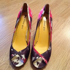 """Colorful  Madden girl heels Pre-loved, EUC. Lucinda style. 4"""" heel. Fuschia, deep purple and black. Inside of shoe says 8 1/2, the 7 is definitely wrong! I wear 8 1/2 - 9 and they fit me! Fabric uppers. Madden Girl Shoes Heels"""
