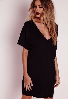 Missguided - Petite Wide V Neck T Shirt Dress Black