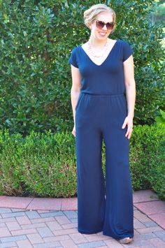 Gorgeous jump suit pattern review! - DIY Crush Craft Party at www.diy-crush.com/blog/