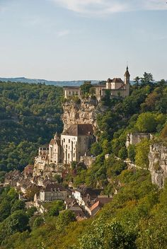 Picturesque Rocamadour village in Midi-Pyrénées, France