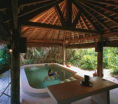 Watsu Pool Six Senses Spa at Soneva Fushi, Maldives