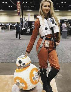 Hot CosPlay at Star Wars Celebration 2017 Orlando FL. This X-Wing Pilot is posi - Star Wars Cosplay - Star Wars Cosplay news - - Star Wars Costumes, Cool Costumes, Star Wars Celebration, Celebration 2017, Gender Bend Cosplay, Orlando, Superhero Cosplay, Star Wars Outfits, Star Wars Girls