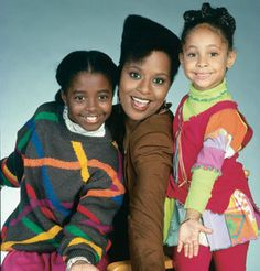 Cosby Girls : Keshia Knight Pulliam, Tempest Bledsoe & Raven Symone Keshia Knight Pulliam, Black Sitcoms, Black Tv Shows, 90s Tv Shows, The Cosby Show, Vintage Black Glamour, Bill Cosby, African American History, Classic Tv