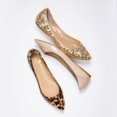 Victoria's Secret - Right on point. Pointed-toe flats are IN! The must-have flat sharpens its style sensibility with a pointed toe for a polished look that's poised for day-to-night chic. Dressed up or down, this flat will quickly become your go-to shoe whenever you want to make a fashionable impression.