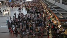 "Antalya'ya turist akını  ""Antalya'ya turist akını"" http://fmedya.com/antalyaya-turist-akini-h35056.html"