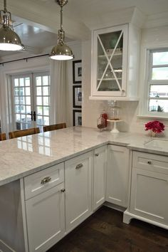 The Cape Cod Ranch Renovation ***Instead of island, make more room in Kitchen?