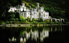 Kylemore Abbey    Connemara, Ireland