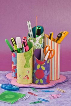 Toilet paper roll crafts, cardboard crafts, diy paper, pen organizer, d Toilet Roll Craft, Toilet Paper Roll Crafts, Cardboard Crafts, Diy Paper, Cardboard Tubes, Kids Crafts, Diy And Crafts, Craft Projects, Pringles Can