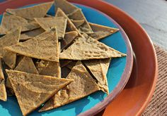 Dehydrated raw chips and cracker are a much better alternative to highly processed salty snacks. Here we have our favorite recipes: kale chips, rye crackers, cheez its and sqaush chips.