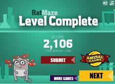 Tienes que tener muchas habilidad con el mouse, ya que tienes que hacer que este ratón coma todo. http://www.ispajuegos.com/jugar8539-Rat-Maze.html