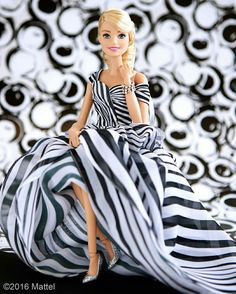Find images and videos about barbie on We Heart It - the app to get lost in what you love. Barbie Style, Barbie Life, Barbie World, Barbie Dress, Barbie Clothes, Beautiful Barbie Dolls, Barbie Fashionista, Barbie Friends, Vintage Barbie