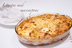 lasagna with mascarpone and zucchini Zucchini Lasagna, Lchf, Homemaking, Low Carb Recipes, Macaroni And Cheese, Food And Drink, Yummy Food, Ethnic Recipes, Joseph