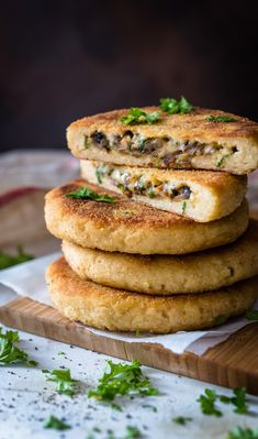 Sienitäytteiset perunakakut | Maku Kitchen Time, Potato Cakes, Sweet And Salty, Salmon Burgers, Vegetable Recipes, Italian Recipes, Food Inspiration, Tapas, Food And Drink