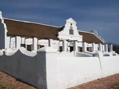 Doornrivier Manor House, near Worcester, South Africa, built in 1790 by Van der Merwe photo by Lynell-Ann Roux Cape Dutch, Dutch House, Garden Walls, Dutch Colonial, Colonial Architecture, Worcester, South Africa, Holland, Buildings