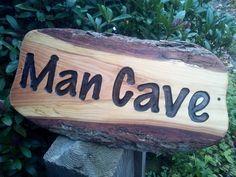 Zo onwijs gaaf dit #Mancave Bord. Hier wordt ik echt heel blij van. #friends, #wood, #sign, #engraved, #man Bbq Grill, Chilling, Man Cave, Bar Grill, Barbecue, Man Caves