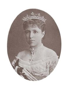 Maria Cristina, wearing a lighter strawberry leaf coronet, possibly during her tenure as Queen Regent.