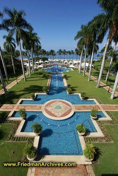 Grand Wailea Pool, Maui, Hawaii. - Where we stayed for Honeymoon 2001