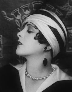 Silent film star Billie Dove   Flickr – Condivisione di foto!